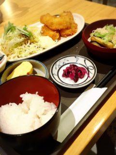美波お食事1