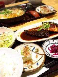 美波お食事2